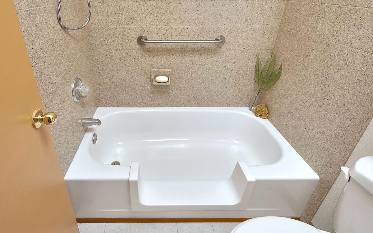 Walk In Bathtub Handicap Conversions • Albuquerque, NM.